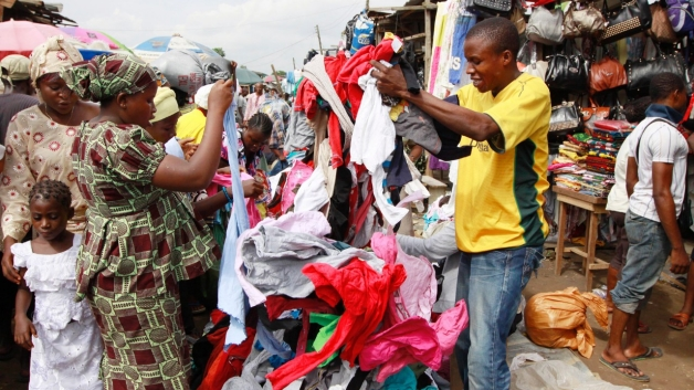 A Case Against Charity? Made For Africa ǂ Hand Me Downs