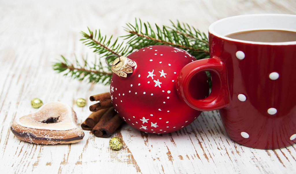 This Christmas Have Your Loved Ones Enjoy A Merry, Merry Cuppa Joe